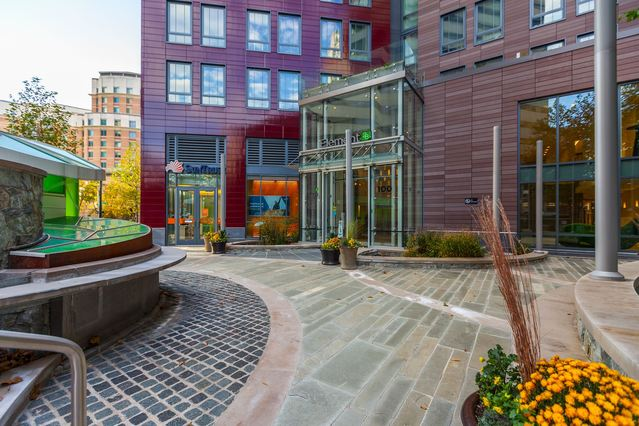 Bethesda Apartment Community, Element 28, Receives $34.25M Refinancing